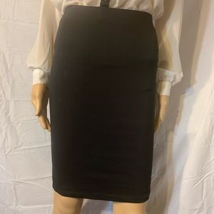 🖤FOREVER21🖤 black pencil skirt size small